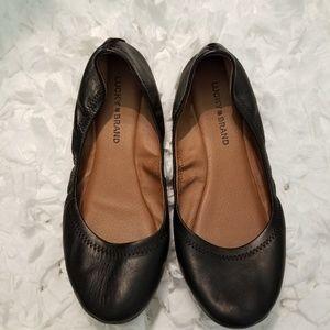 Lucky Brand Black Emmie Flats.